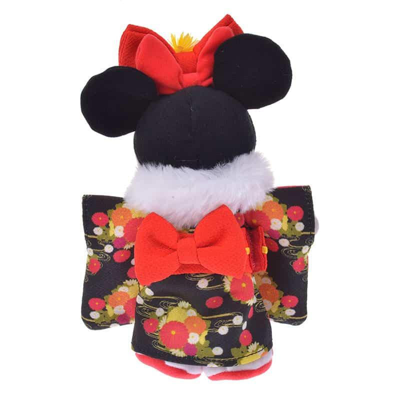 nuimos-new-year-black-floral-kimono-03