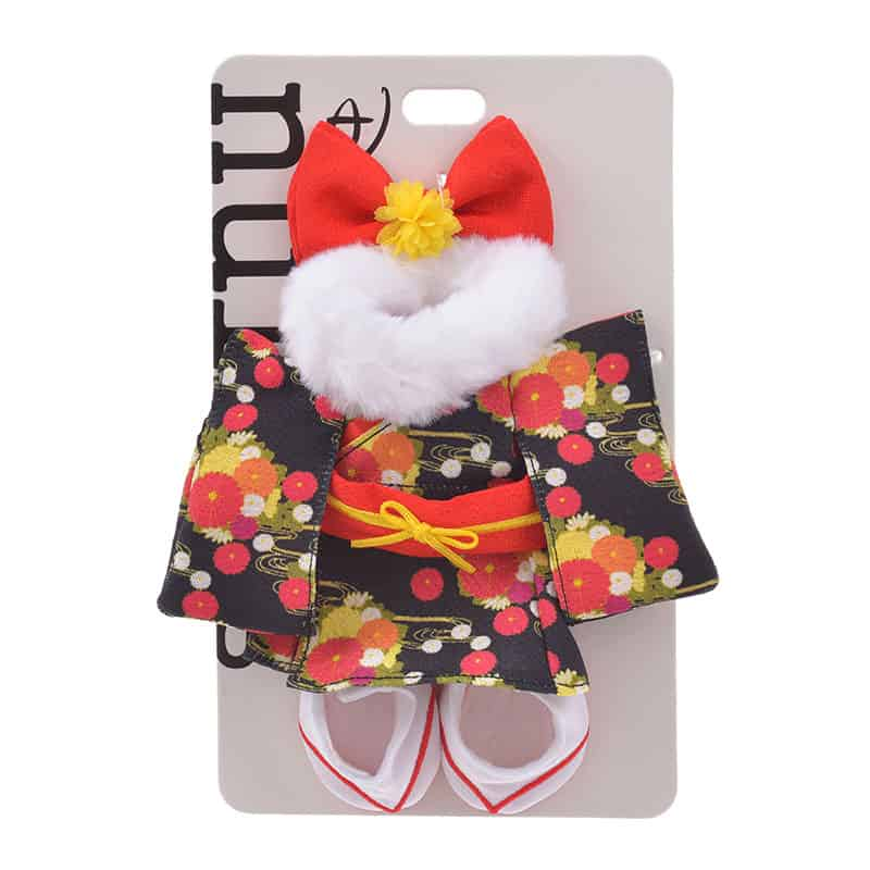 nuimos-new-year-black-floral-kimono-04