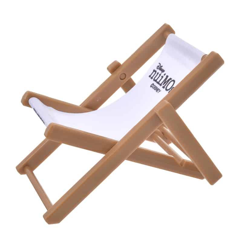 nuimos-white-black-logo-chair-02