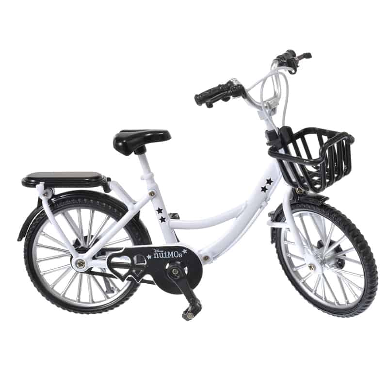 nuimos-white-bike-01