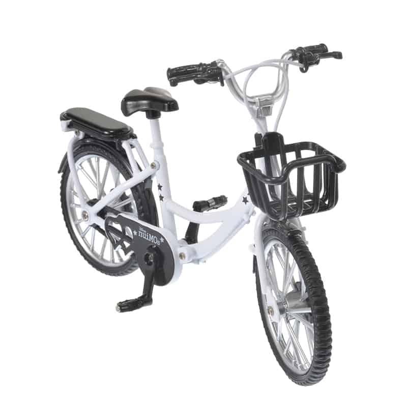 nuimos-white-bike-02