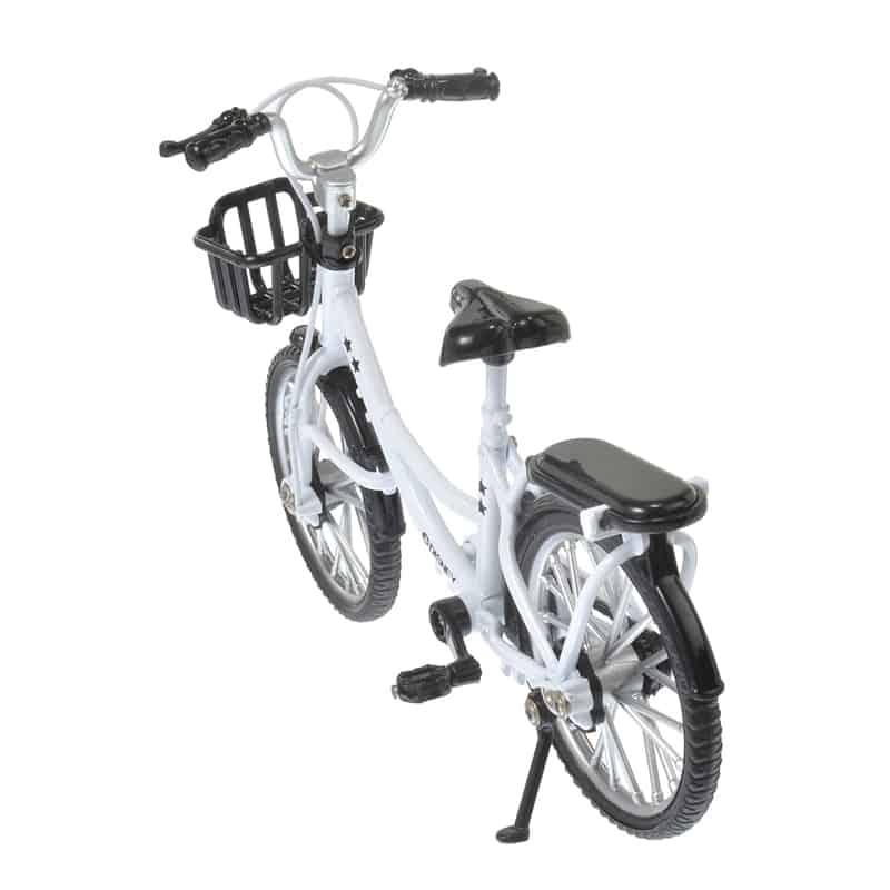 nuimos-white-bike-04