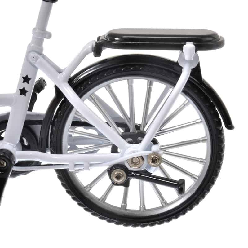 nuimos-white-bike-06
