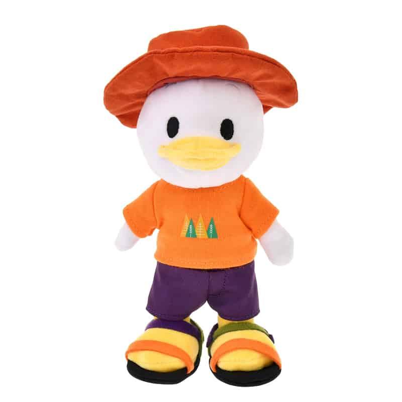 nuimos-brimmer-hat-t-shirt-shorts-sandals-01