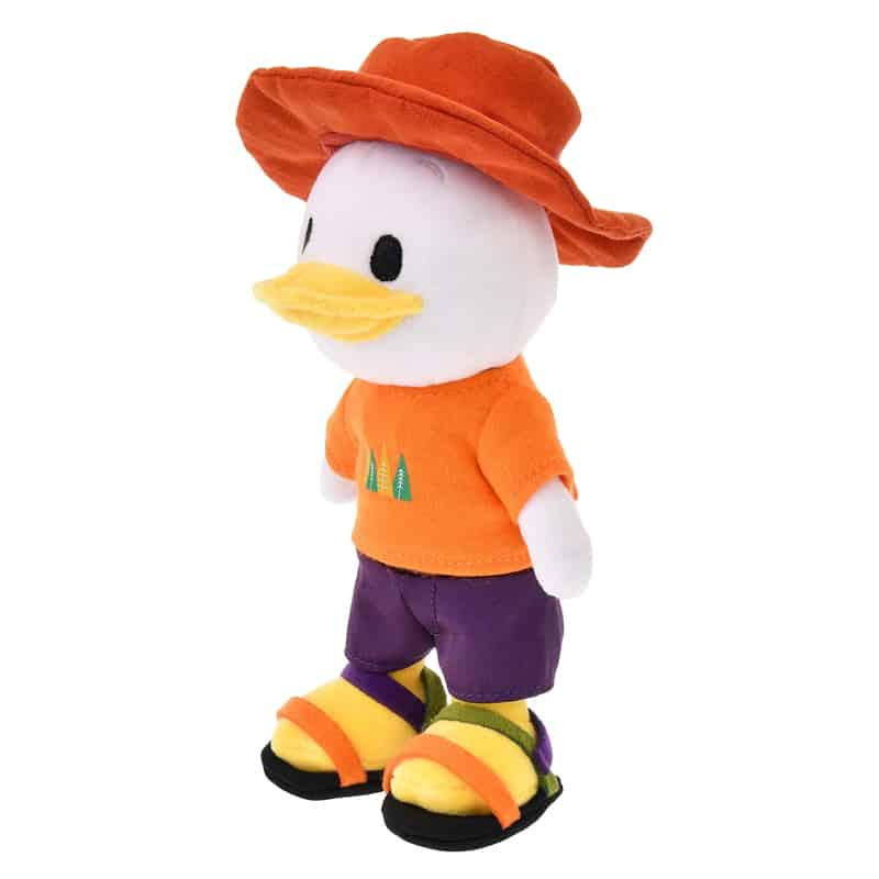 nuimos-brimmer-hat-t-shirt-shorts-sandals-02