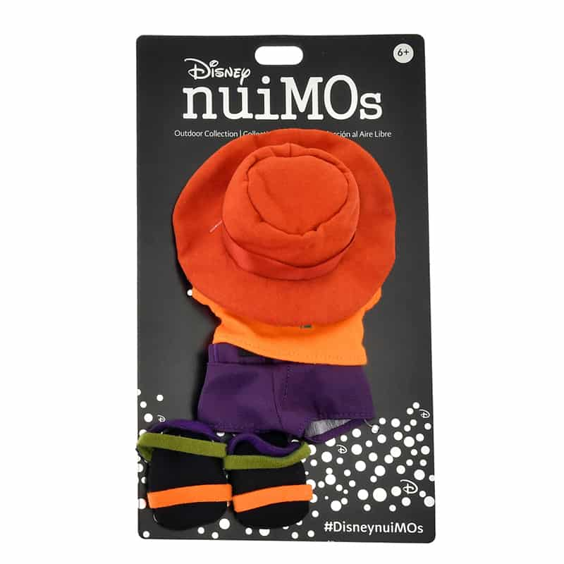 nuimos-brimmer-hat-t-shirt-shorts-sandals-04