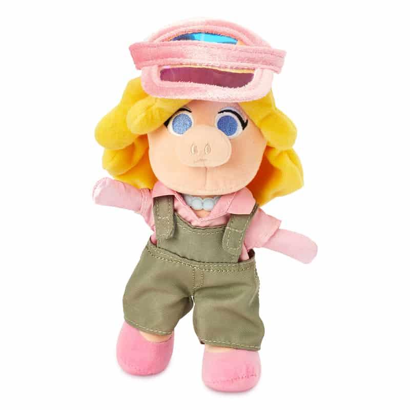 nuimos-olive-overalls-pink-visor-01